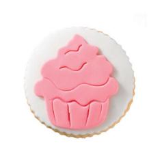 Στρόγγυλο μπισκότο ζαχαρόπαστας με σχέδιο cupcake