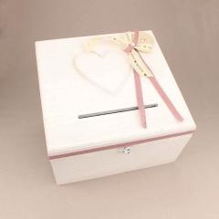 Κουτί ευχών γάμου ξύλινο λευκό με σκαλισμένη καρδιά