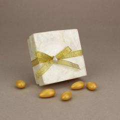 Μπομπονιέρα γάμου κουτάκι από φίλντισι με μαργαριτάρι