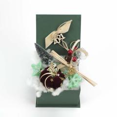 Χριστουγεννιάτικο κουτάκι δώρων με αρωματικά