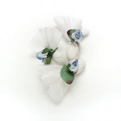 Κεράσματα γάμου γάζα με μπλε λουλούδι