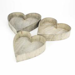 Ξύλινο καλάθι καρδιά σε σκούρο χρώμα