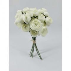 Λευκό τριαντάφυλλο μικρό σε μπουκέτο
