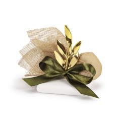 Μπομπονιέρα γάμου κλαδί ελιάς λαδί φιόγκο
