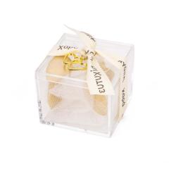 Μπομπονιέρα γάμου κουτάκι με χρυσές καρδιές