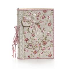Βιβλίο ευχών ροζ με διακοσμητική πεταλούδα και φλοράλ μοτίβα